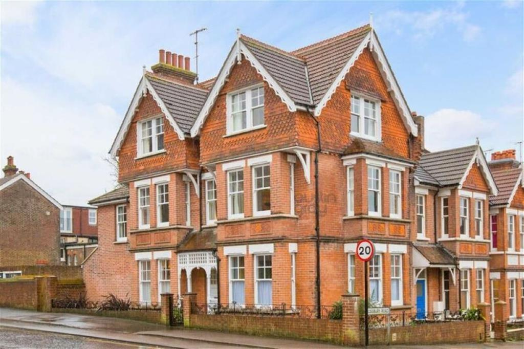 6 Bedrooms Semi Detached House for sale in Cissbury Road, Hove