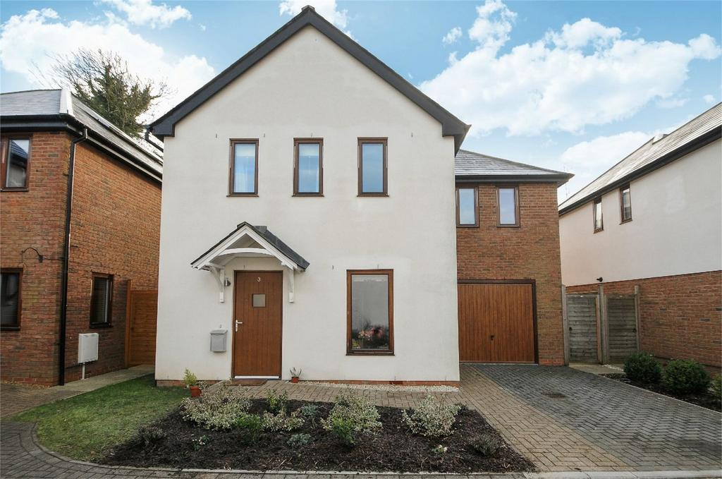 3 Bedrooms Detached House for sale in Four Marks, Alton, Hampshire