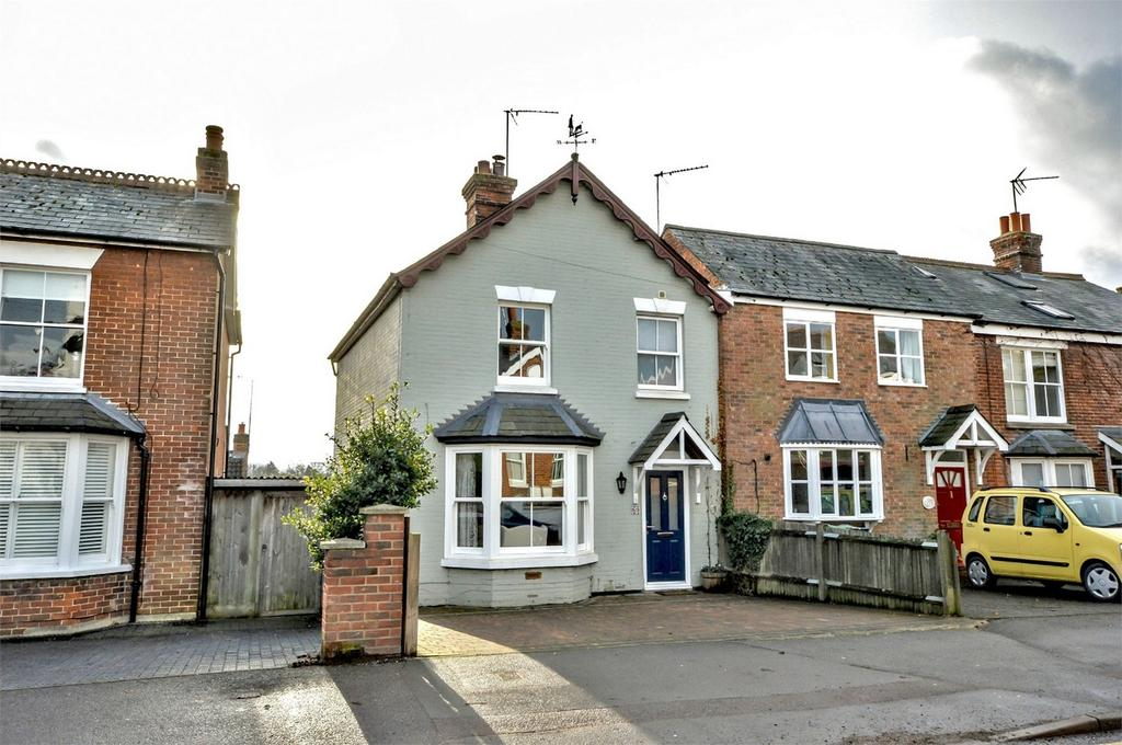 4 Bedrooms Semi Detached House for sale in 53 Ashdon Road, Saffron Walden