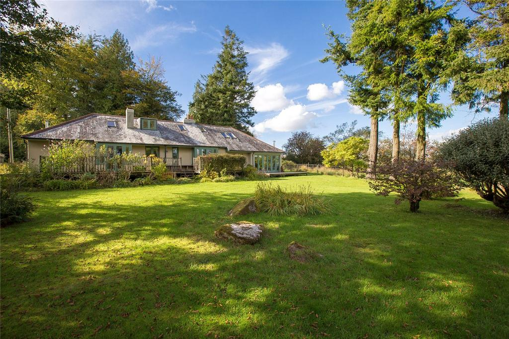 4 Bedrooms Detached Bungalow for sale in Ludgate, Buckfastleigh, Devon, TQ11
