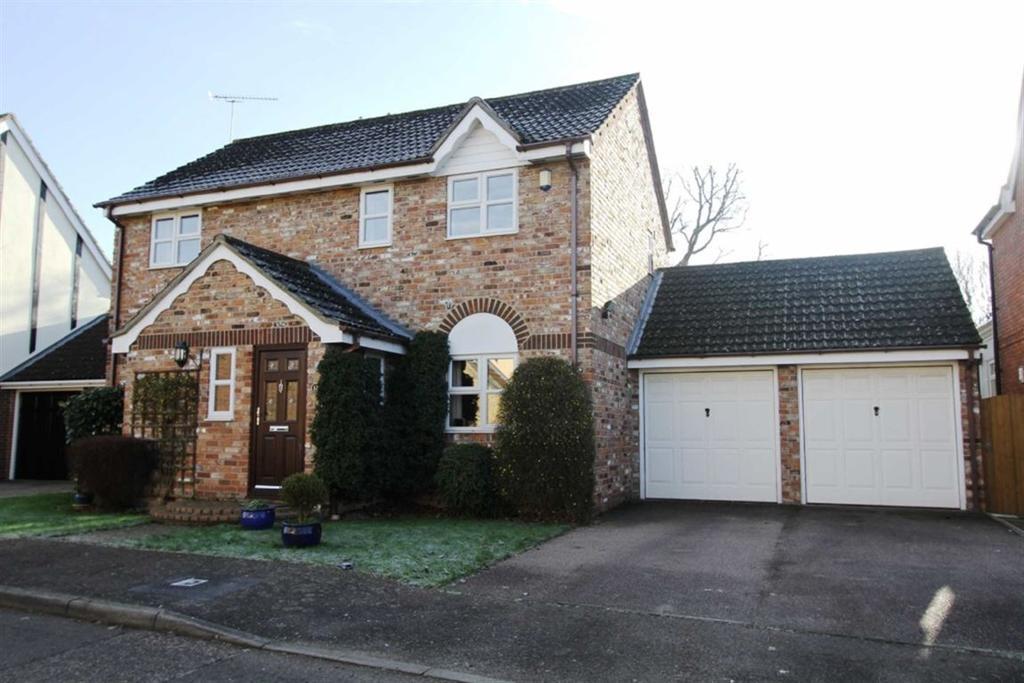 4 Bedrooms Detached House for sale in Lampern Crescent, Billericay, Essex, CM12 0FD