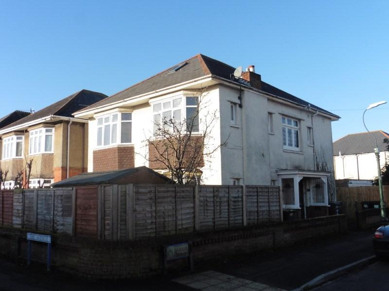 3 Bedrooms Flat for sale in The Avenue, Moordown, Bournemouth