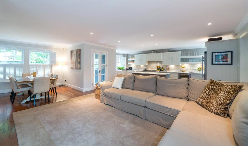 4 Bedrooms Semi Detached House for sale in 1D Gillsland Road, Merchiston, Edinburgh, EH10