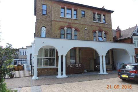 1 bedroom house share to rent - 5, Hollybush Hill, Wanstead, E11