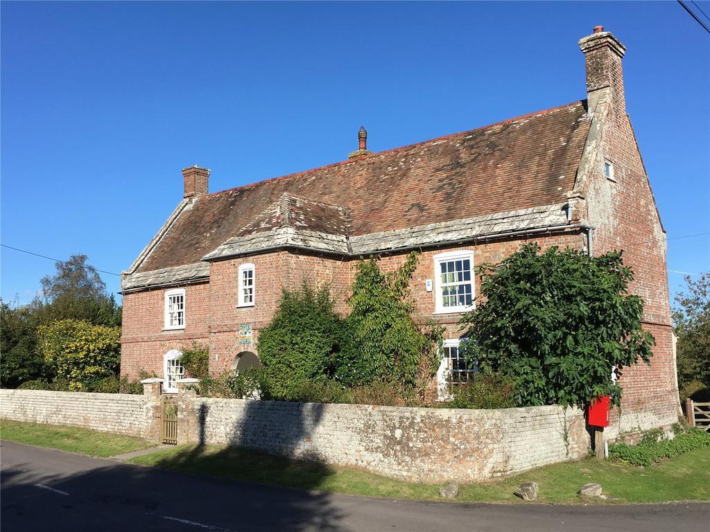 5 Bedrooms Detached House for sale in West Holme, Wareham, Dorset, BH20