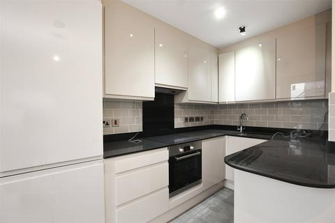 1 bedroom flat to rent - Comet Place, London, SE8