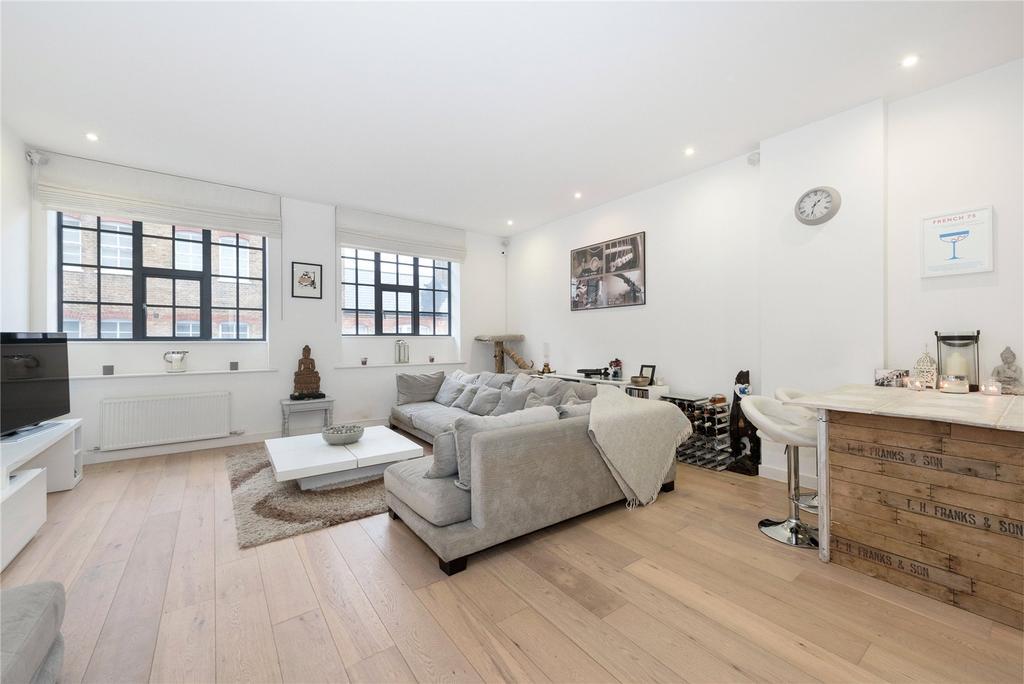 3 Bedrooms Flat for sale in Warple Way, Acton, London
