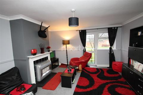 2 bedroom flat to rent - Berwick House