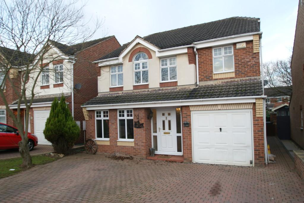 4 Bedrooms Detached House for sale in 70 Whisperwood Drive
