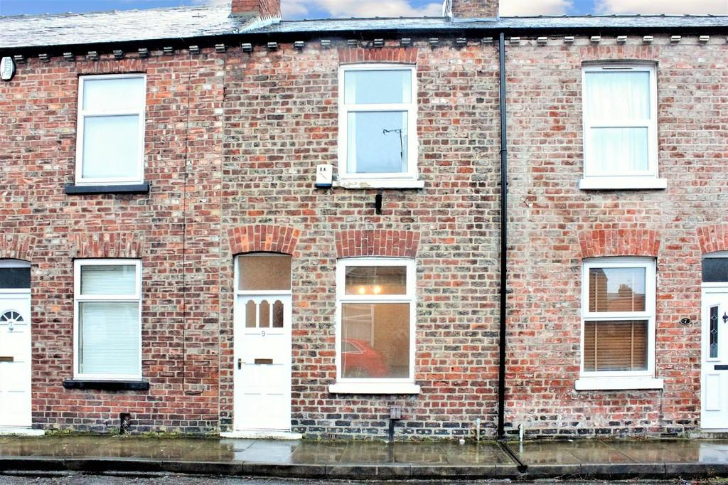 2 Bedrooms Terraced House for sale in 9 Nelson Street York YO31 8NJ