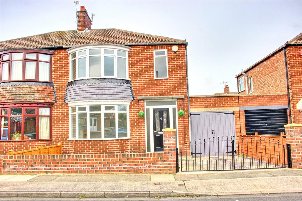 3 Bedrooms Semi Detached House for sale in Kirknewton Road, Normanby