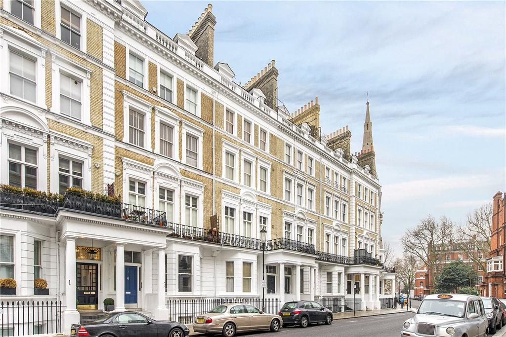 Studio Flat for sale in Cranley Gardens, London, SW7