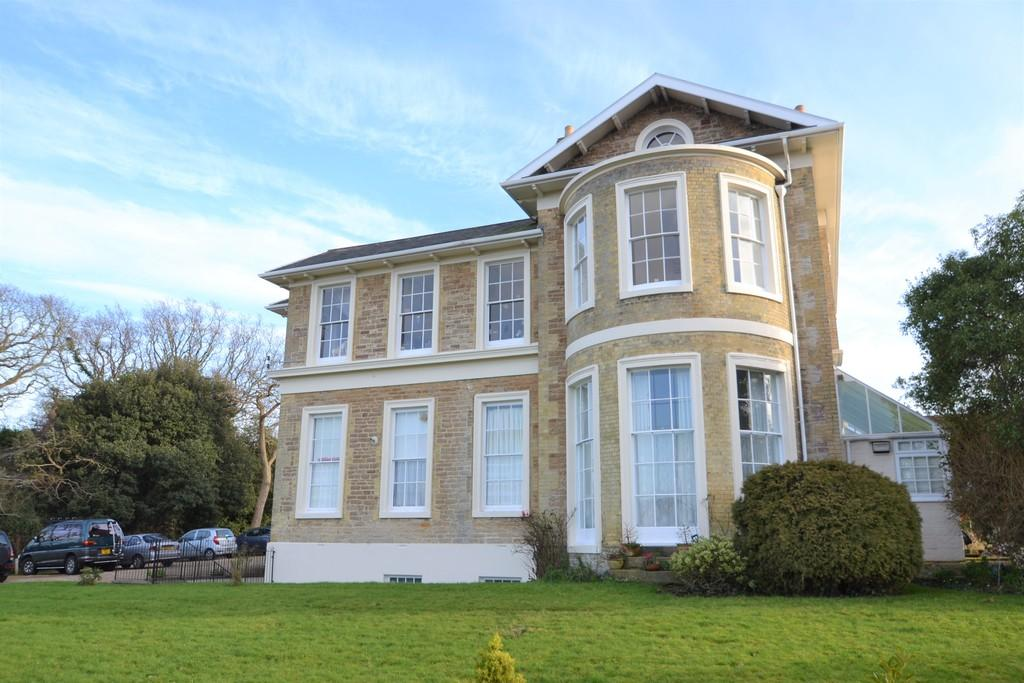 1 Bedroom Apartment Flat for sale in Coniston Drive, Ryde