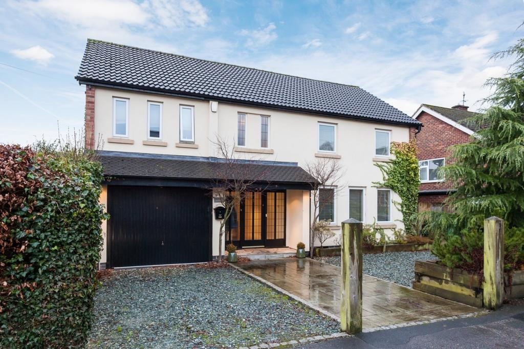 4 Bedrooms Detached House for sale in Apsley Grove, Bowdon
