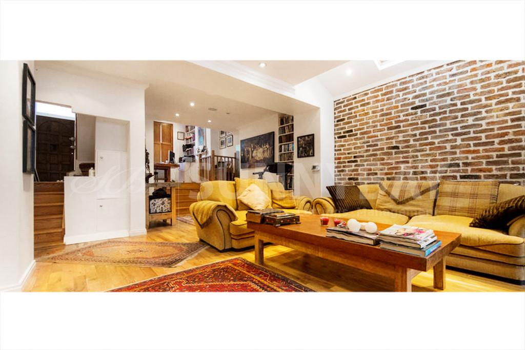 4 Bedrooms Terraced House for sale in Stephendale Road, Fulham