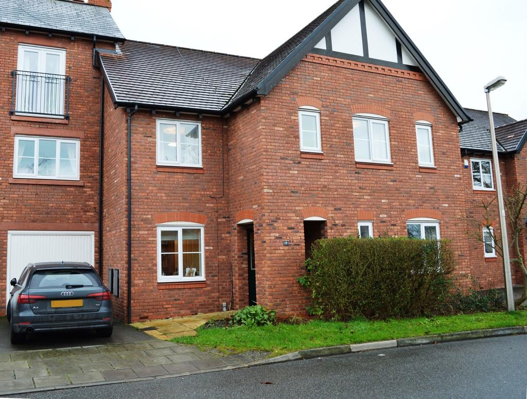 4 Bedrooms Town House for sale in The Acorns, Upton