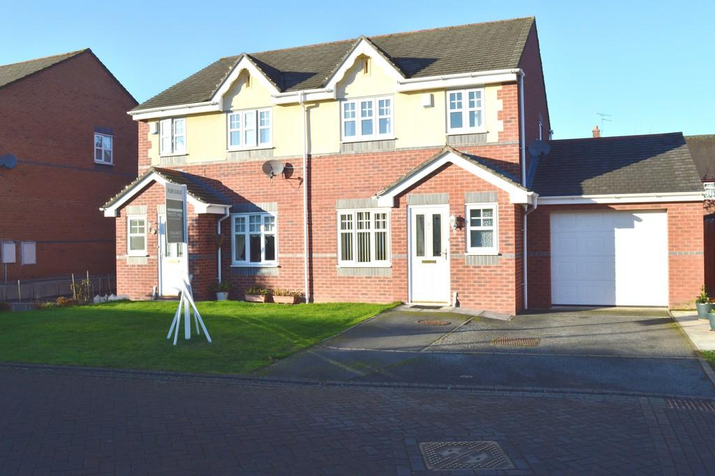 3 Bedrooms Semi Detached House for sale in The Beeches, Great Sutton