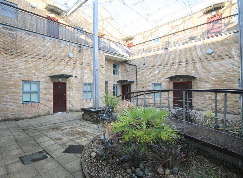 2 Bedrooms Apartment Flat for sale in Tramways, Guiseley