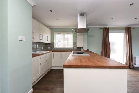 2 bedroom flat to rent - St. Stephen's Gardens, Putney, London, SW15