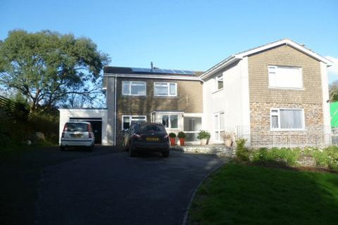 4 bedroom detached house to rent - St Johns Drive, Plymouth