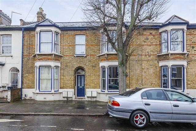 1 Bedroom Flat for sale in Brierley Road, Leytonstone