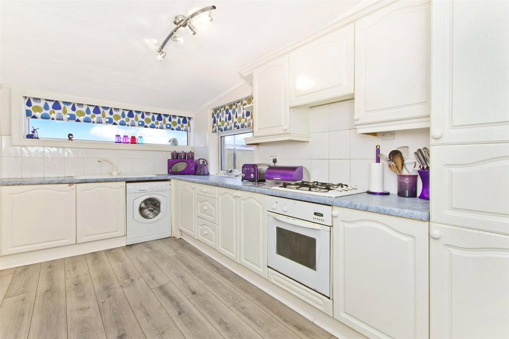 2 Bedrooms End Of Terrace House for sale in 40 Whitelaw Drive, Boghall, West Lothian, EH48