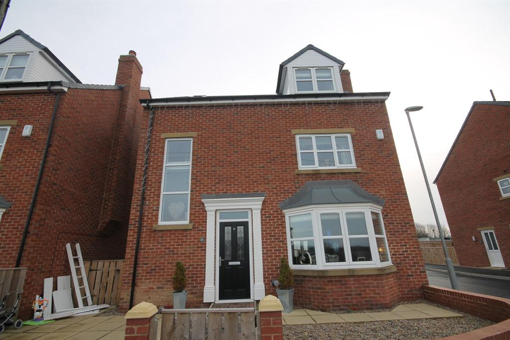 4 Bedrooms Detached House for sale in Canney Hill, Coundon Gate, Bishop Auckland