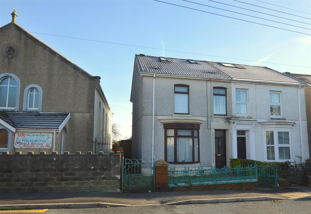 3 Bedrooms Semi Detached House for sale in Elkington road, Burry port