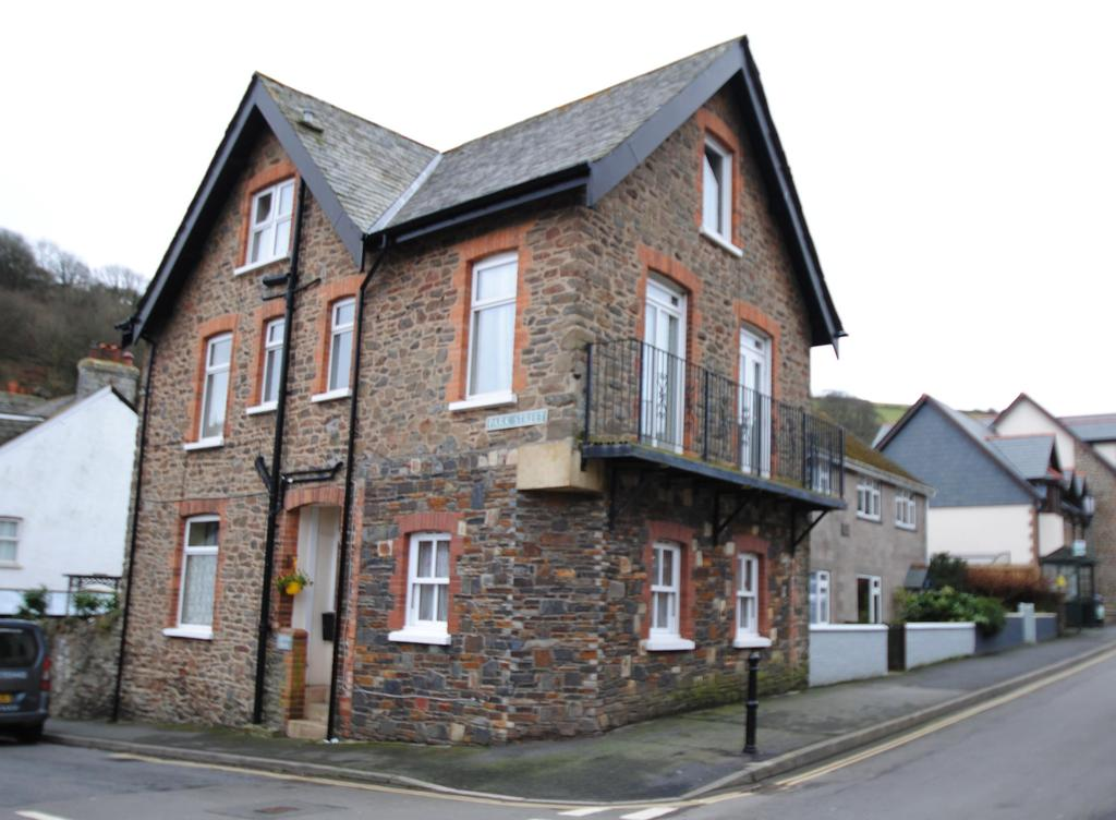 5 Bedrooms Detached House for sale in Park Street, Lynton