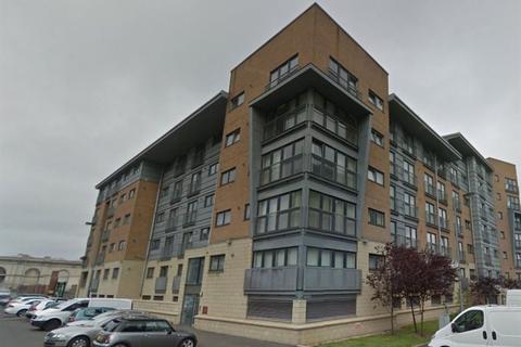 2 bedroom flat to rent - 2/4 84 Barrland Street, Pollokshields