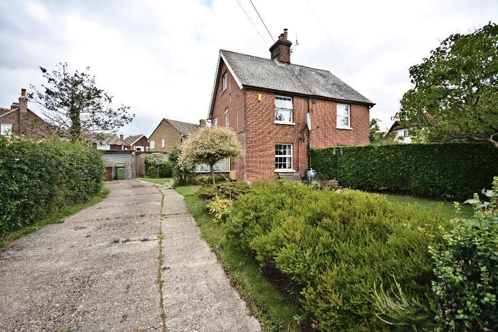 3 Bedrooms Semi Detached House for sale in Hensil Lane Hawkhurst, Cranbrook
