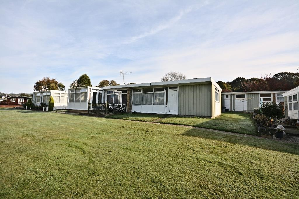 1 Bedroom Park Home Mobile Home for sale in Battle Road, St. Leonards-On-Sea