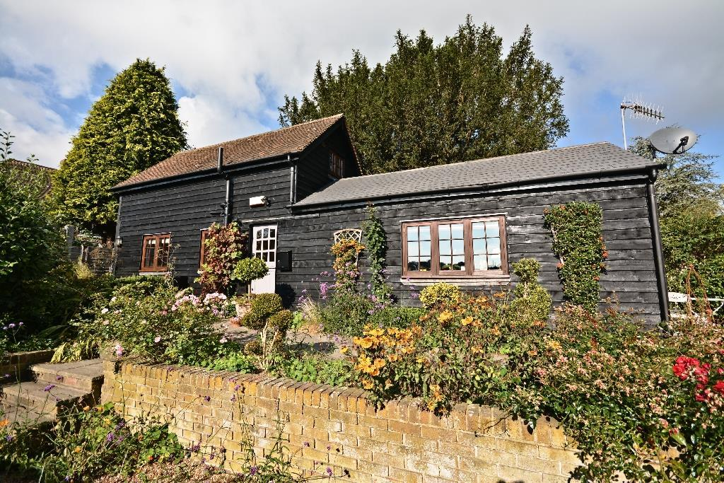 2 Bedrooms Detached House for sale in The Green Sedlescombe,