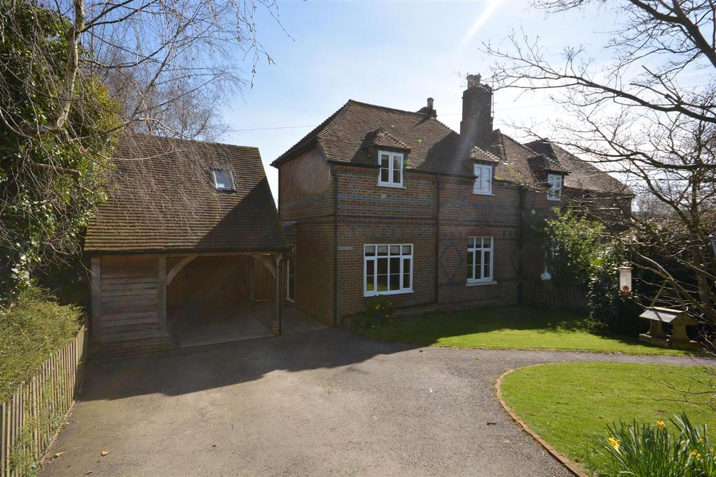 3 Bedrooms Semi Detached House for sale in Marlpits Lane, Ninfield