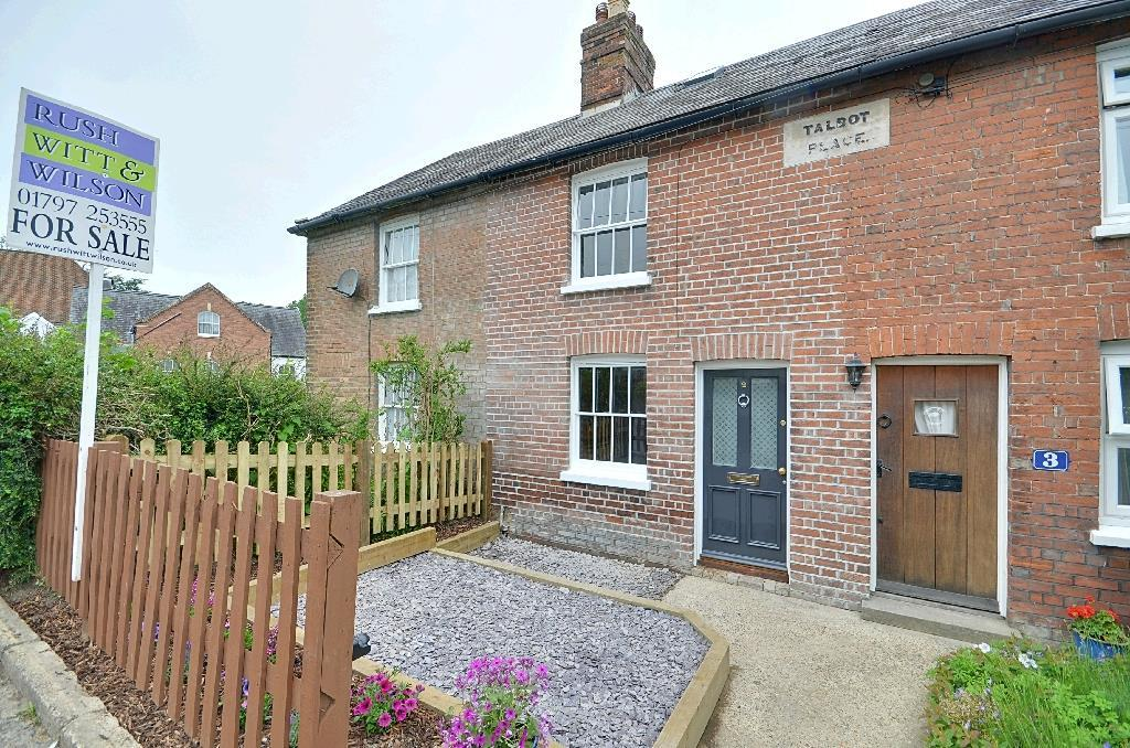 2 Bedrooms Terraced House for sale in Talbot Road, Hawkhurst