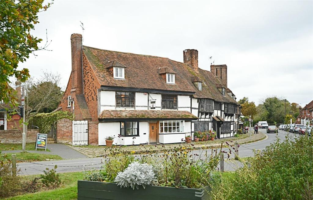 4 Bedrooms Terraced House for sale in High Street, Biddenden