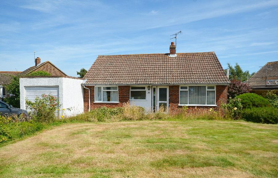 2 Bedrooms Bungalow for sale in Manor Close, Icklesham