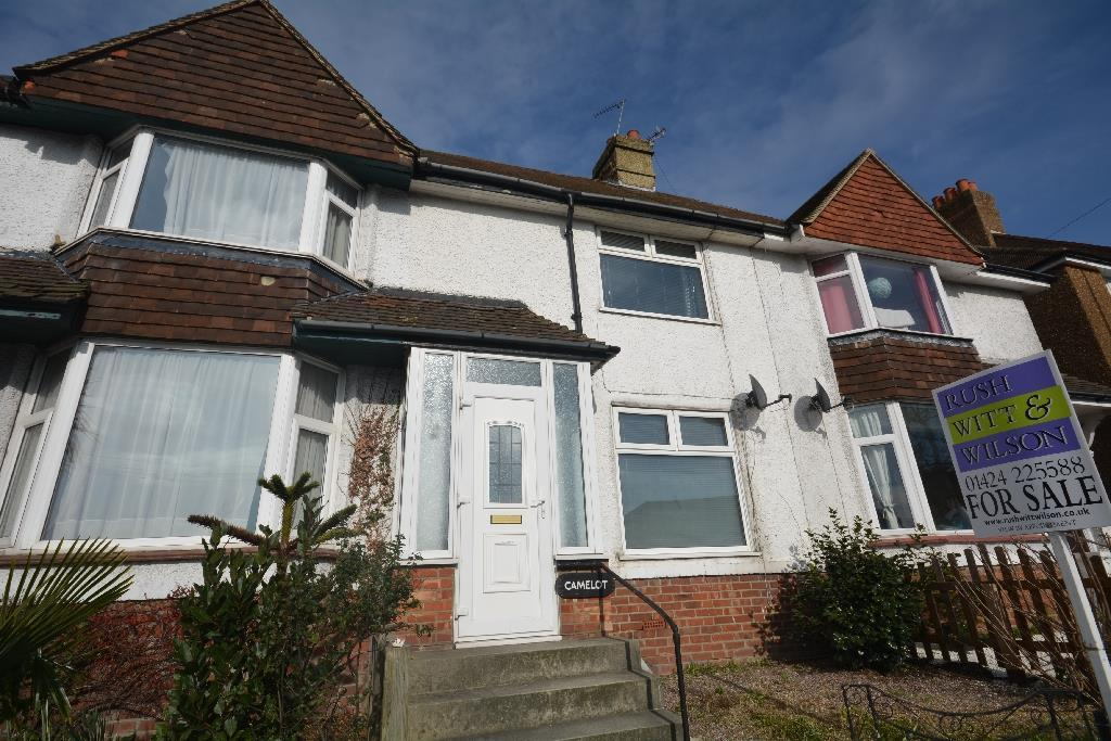 2 Bedrooms Semi Detached House for sale in Church Hill, Little Common
