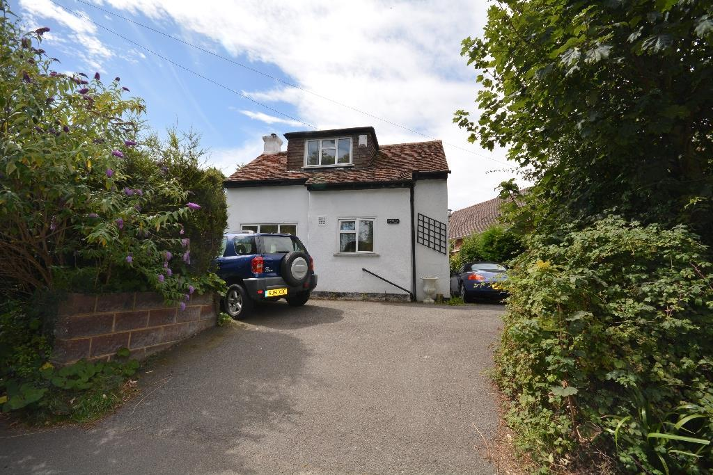 2 Bedrooms Detached House for sale in Little Common Road, Bexhill-On-Sea