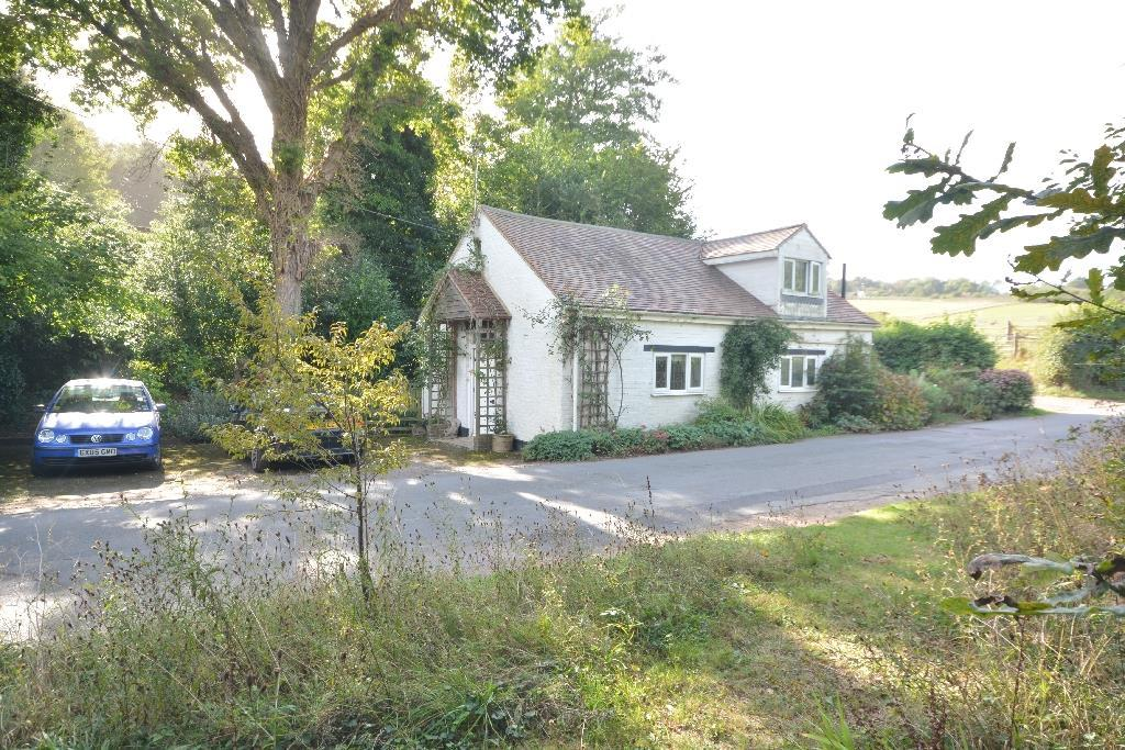 2 Bedrooms Detached House for sale in Guestling, Hastings