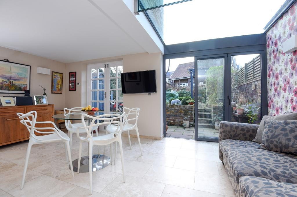 4 Bedrooms Semi Detached House for sale in Guildford Grove West Greenwich SE10