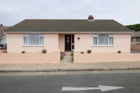 3 bedroom detached bungalow for sale - Rue de Beaumont, Alderney GY9 3YP