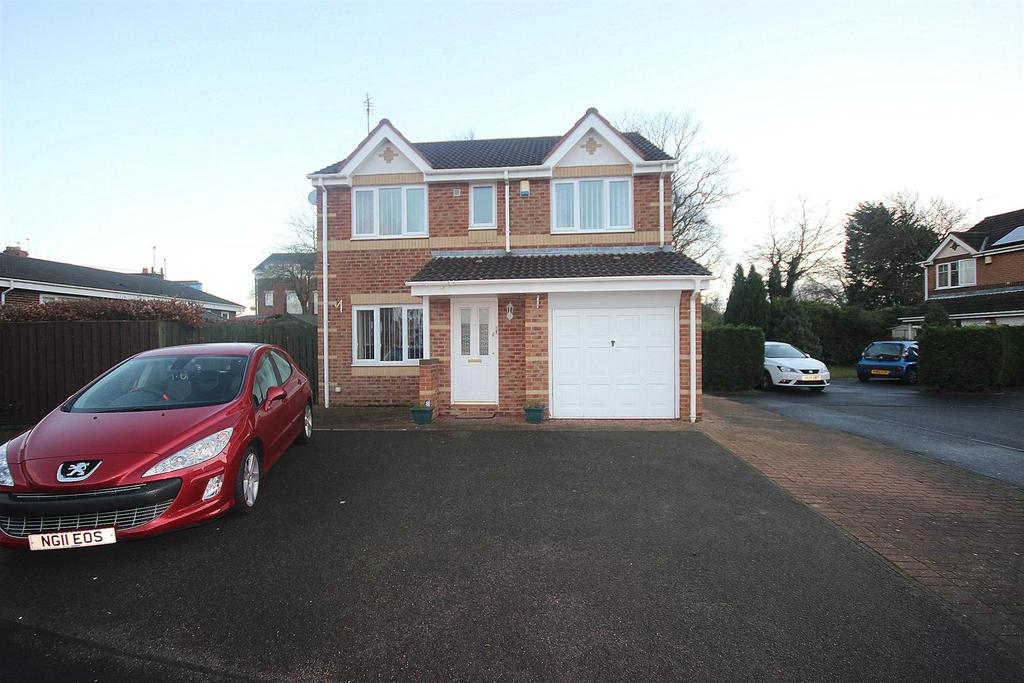 4 Bedrooms Detached House for sale in St. Cuthberts Drive, Sacriston, Durham