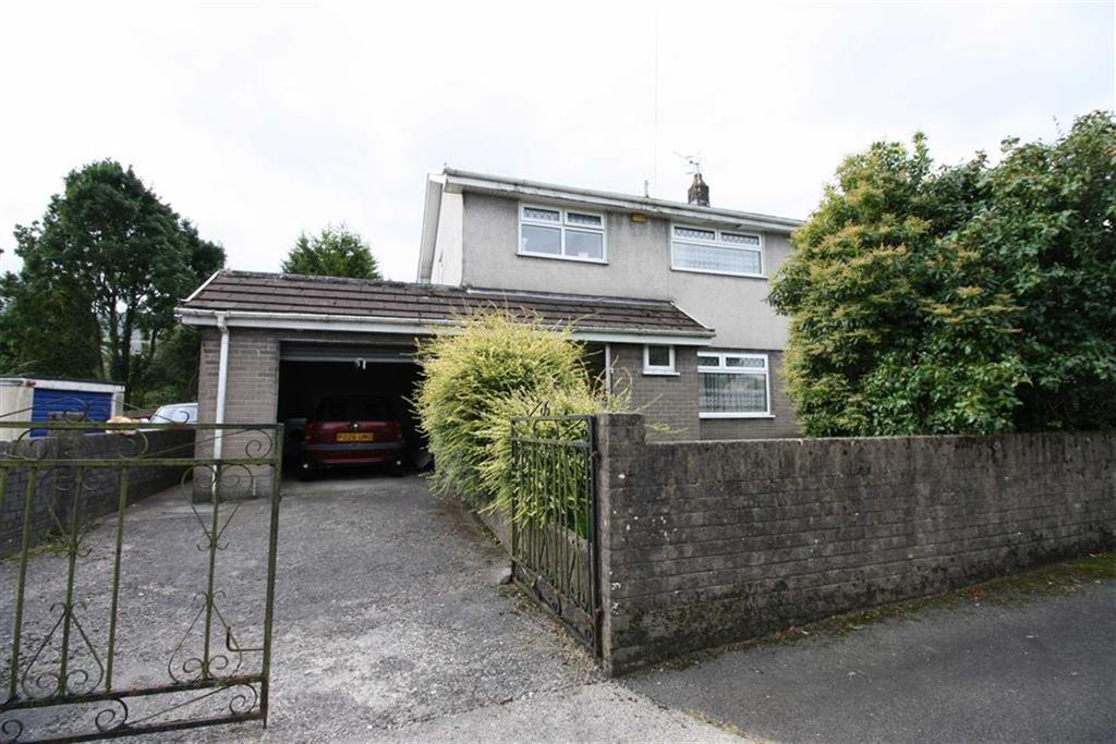 3 Bedrooms Detached House for sale in Johnson Park, Hirwaun, Aberdare