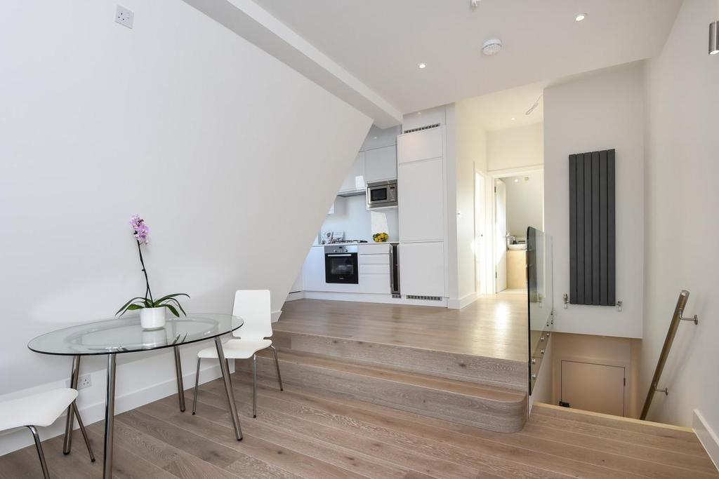1 Bedroom Flat for sale in Replingham Road, Southfields, SW18