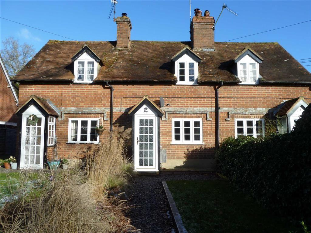 2 Bedrooms Terraced House for sale in Kennylands Road, Sonning Common, Sonning Common Reading