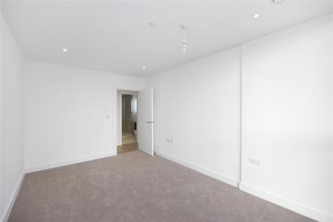 2 bedroom flat to rent - River Gardens Walk, London