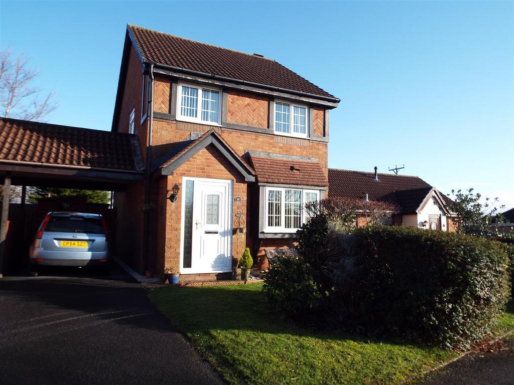 3 Bedrooms Detached House for sale in Nightingale Court, Llanelli