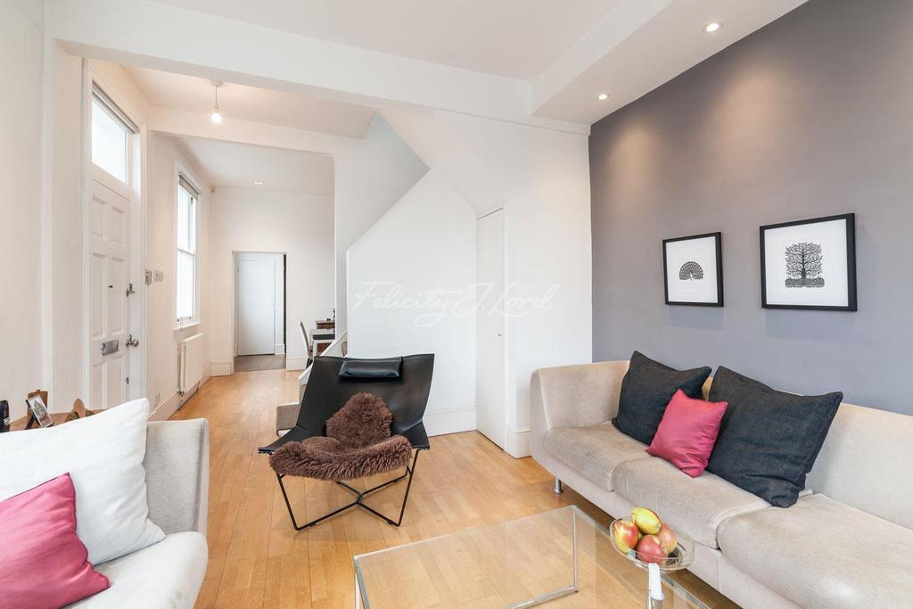 2 Bedrooms Flat for sale in Priory Road, Chiswick W4