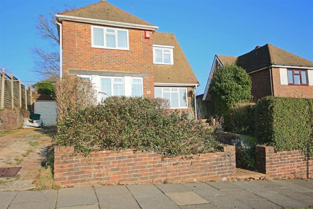 3 Bedrooms Detached House for sale in Brangwyn Crescent, Brangwyn, Brighton